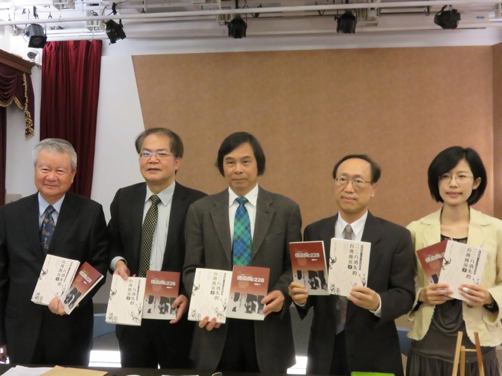 李筱峰:台灣若被連排隊都不會者統治將再發生228