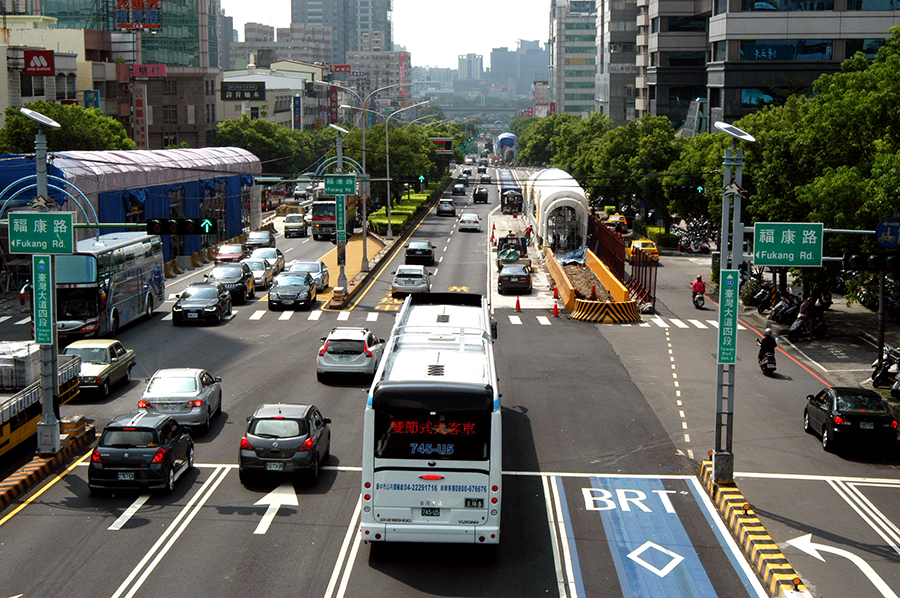 台中BRT確屬「菜籃貨」