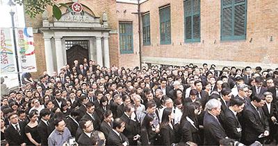 香港律師會會長被罷免的啟示
